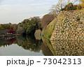 秋の夕暮れ姫路城 73042313
