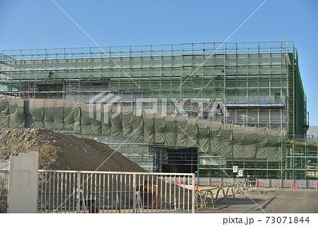 物流センター 新築工事現場の風景 73071844