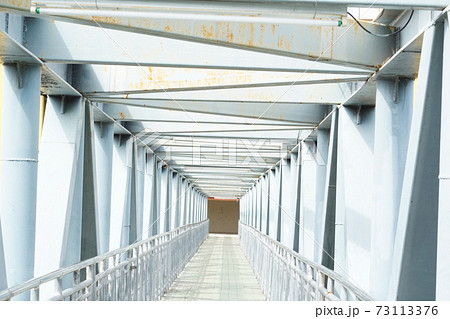 タイ・サムットプラカーン県ピースアサムット要塞博物館近くにある橋 73113376