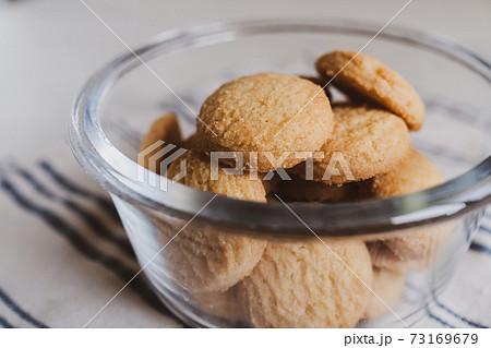 バタークッキー 73169679