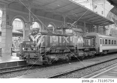 ブダペストケレチ駅のハンガリー国鉄 電気機関車 73195754