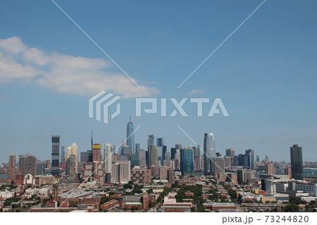 ニュージャージーからのマンハッタンの景色 73244820