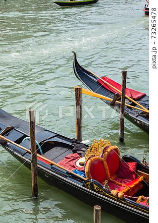 イタリア ヴェネツィアのゴンドラ 73265478