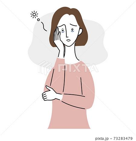 睡眠不足の女性 73283479