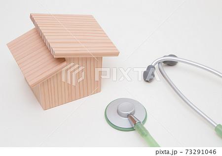 マイホームの耐震診断イメージ 住宅の耐震診断 マイホームと聴診器 73291046