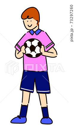 サッカーをする男の子 73297260