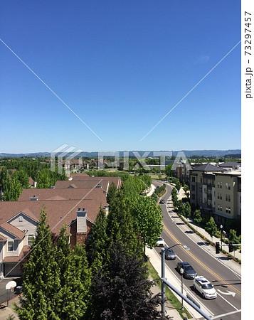 アメリカオレゴン州アパート上層階からの景色 73297457