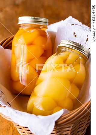 洋梨と林檎の自家製コンポート 73324760