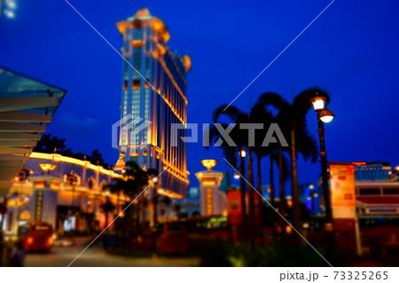 トイモードで撮影した輝くマカオの街 73325265