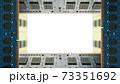デスクトップパソコン用増設メモリで囲んだフレーム。白のコピースペース。8Kサイズ。 73351692