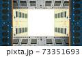 デスクトップパソコン用増設メモリで囲んだフレーム。白のコピースペース。8Kサイズ。 73351693
