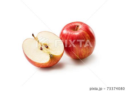 りんご 73374080