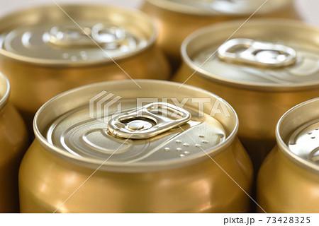 ビールの缶 73428325
