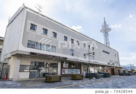 愛媛県西条市 JR伊予西条駅 73428544