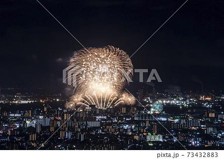 【愛知県】名古屋港の花火大会と名古屋の夜景 73432883