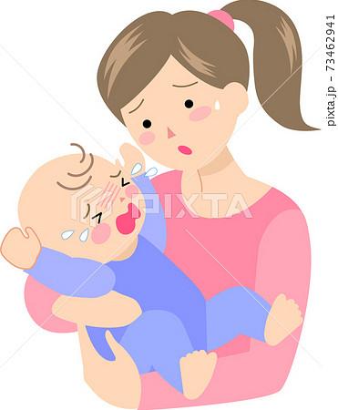 赤ちゃんに泣かれて困る母親 73462941