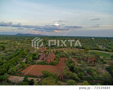 世界三大仏教遺跡といわれるミャンマーのバガン遺跡 73534884