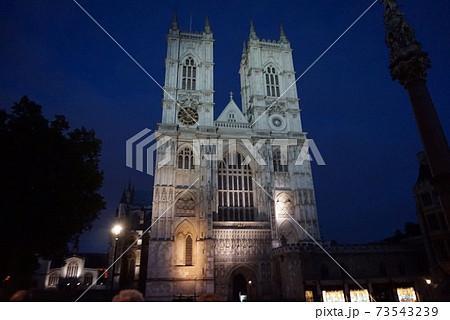 セントポール大聖堂の夜、ロンドン 73543239