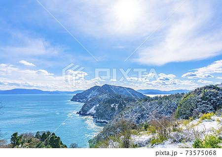 京都 丹後半島 冬の海岸風景    73575068