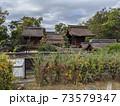 京都・豊国神社の裏から本殿と拝殿 73579347