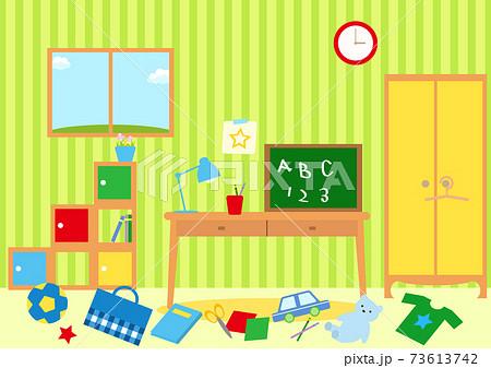 散らかった子供部屋 お片付け 73613742