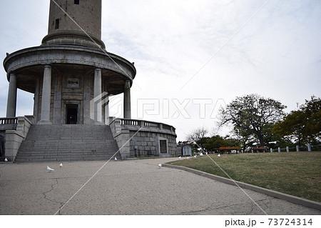旧白玉山納骨神社から見た旅順旧表忠塔(中国・大連) 73724314