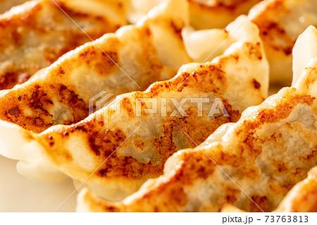 焼き餃子。 73763813
