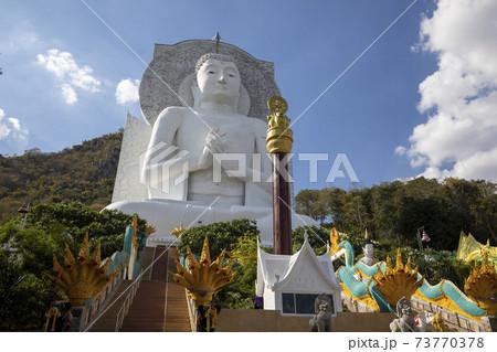 タイ国ロッブリー県の仏教寺院ワット・タムカオプラーン 73770378