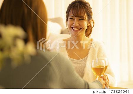 家飲み 宅飲み 白ワイン 73824042