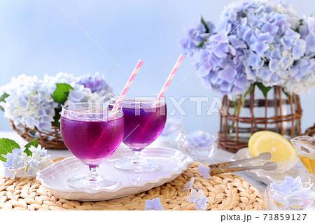 レモンでピンク バタフライピーティーでリフレッシュ 73859127