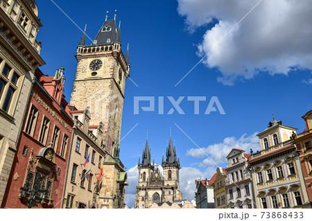 【チェコ】プラハの天文時計と聖母教会 73868433