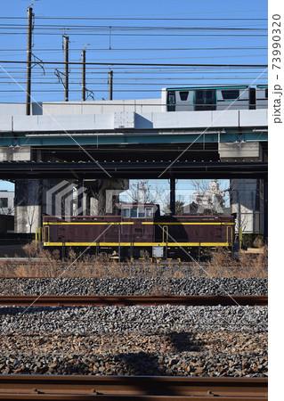 鉄道博物館のDD13と埼玉新都市交通2020系 73990320