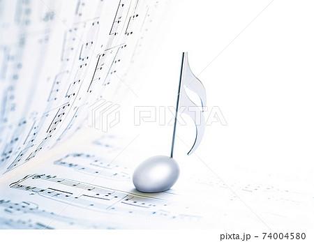 楽譜と音符記号 74004580