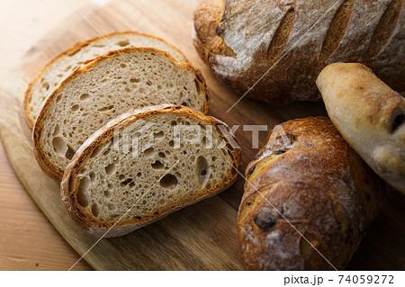 おいしそうなパン 集合 74059272