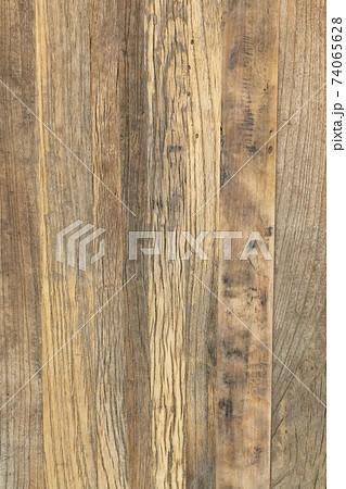 複数の木を張り合わせた板 背景素材 74065628