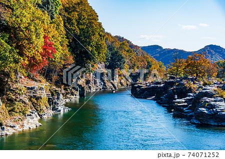(埼玉県)紅葉の長瀞ラインくだり 74071252