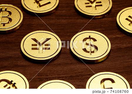 お金 通貨 イメージ ドル/円 ドル/元 74108760