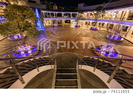 豊洲センタービルあいプラザのライトアップ夜景 74111055