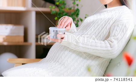 缶詰 妊婦 16:9 74118541