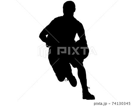 ドリブルをするバスケットボール選手のシルエット_2 74130345