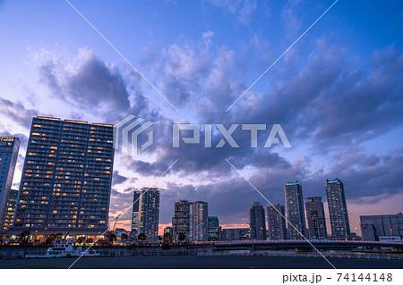 《神奈川県》タワーマンションの夜景・横浜 74144148