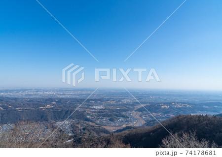 仏果山展望塔から見た景色(東京都街方面) 74178681