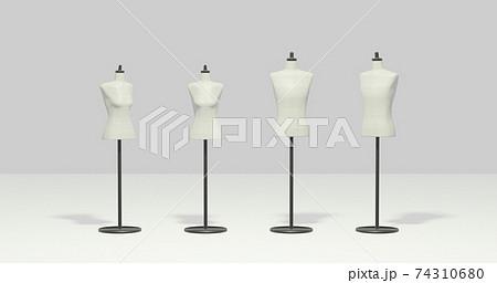 男女のトルソー4体 白背景 ファッションオブジェクト 74310680