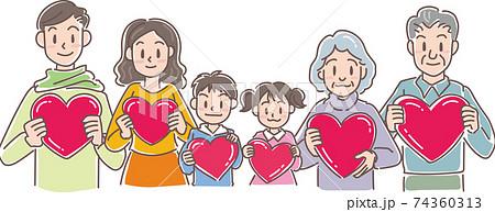 ハートを持つ3世代家族 74360313