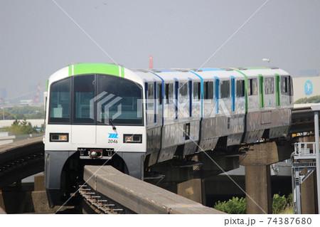 東京モノレール 2000形新塗装 74387680