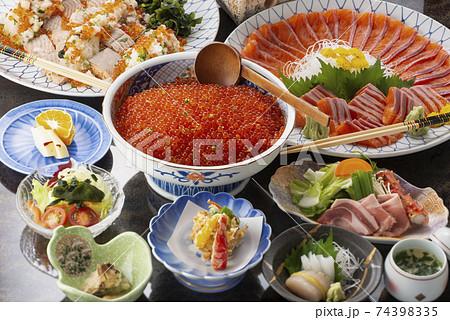 会席料理 日本食 和食 盛付 74398335