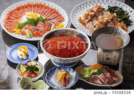 会席料理 日本食 和食 盛付 74398338