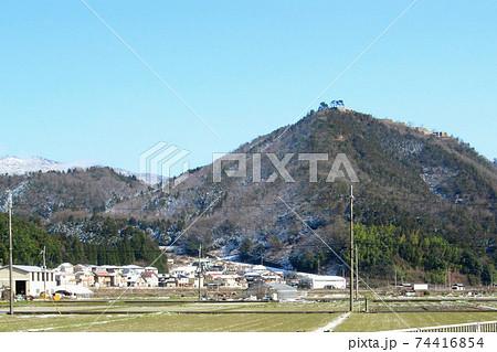 312号線から見る和田山山頂の竹田城跡/兵庫県朝来市 74416854