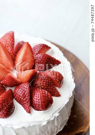 あまおう いちごの手作りケーキ 74487397