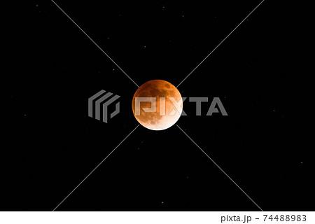 赤銅色の月(皆既月食の月) 74488983